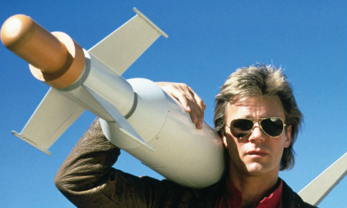 Now that's a missile! MacGyver (Richard Dean Anderson) swings into action (image via rapgenius.com)