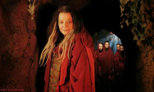 Ohila, the sage head of the Sisterhood of Karn, counsels a distressed Doctor to choose a path that hitherto was anathema to him (image via thetardispage.blogspot.com)
