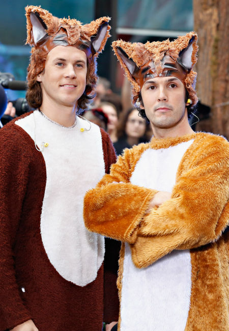 The Norwegian duo Ylvis are set to turn their viral hit song into a childrens book (image via Gather the children: What Does the Fox Say is going to be a kids book)