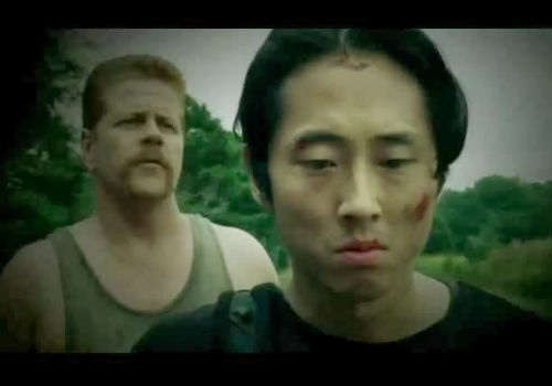 Sgt Abrahams, who's a good guy despite Tara thinking he may not be, does his best to convince Glenn to forget Maggie and come road trippin' with him and his crew (image via spoiler.tv (c) AMC)
