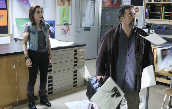 Claudia and Artie dive deep into the latter's memories in the search for the truth about Claudia's long lost sister Claire (image via Zap 2 It (c) syfy)