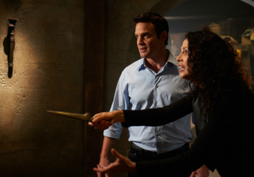 Pete and Myka encounter a little resistance to their entry into the 16th century (image via official Warehouse 13 site (c) syfy)