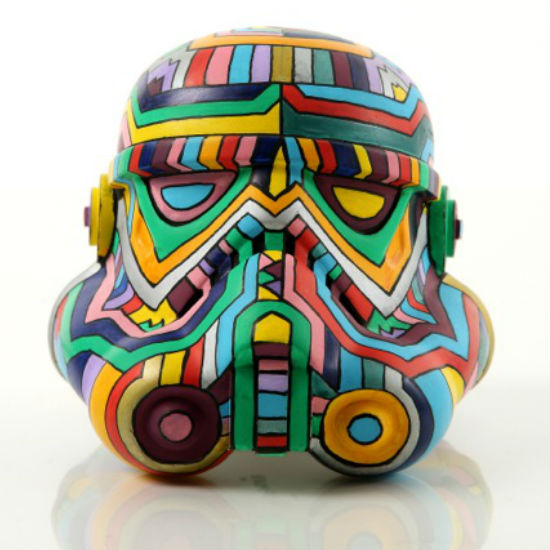 One of the helmets on show at the Robert Vargas Gallery (image via Red Carpet Report (c) Lucasfilm)