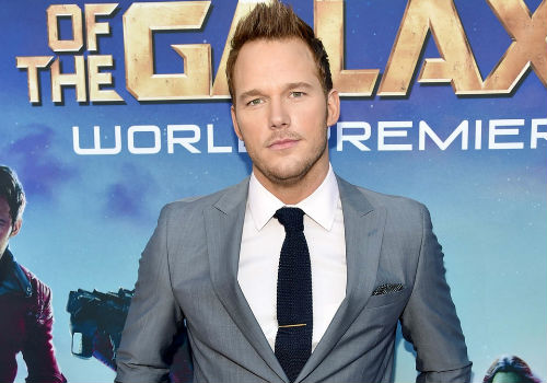 Chris Pratt looking suitably suave and debonair at the world premiere of Guardians of the Galaxy in Hollywood on 21 July 2014 (image via Hitfix)