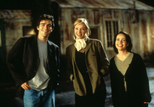 The cast of The Truth About Cats and Dogs L-R: Ben Chaplin, Uma Thurman and Janeane Garofolo (image (c) Twentieth Century Fox)