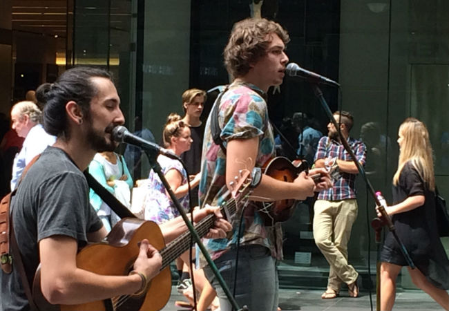 Winterbourne in full flight (Pitt Street Mall, Sydney, 15 November 2014)