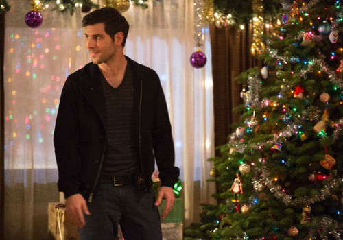 "Everywhere you turn there are Christmas decorations in abundance, making ""The Grimm Who Stole Christmas"", an absolute dream for anyone who is in love with going ALL OUT to decorate for the season (image via official Grimm site (c) NBC)"