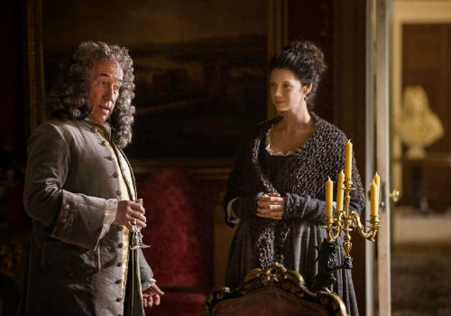 Claire drops by for a spot of sherry and as is her newly-assumed way blackmailing with the Duke of Sandringham who may have the power to alter the trajectory of Jamie's life (image via SpoilerTv (c) Starz)