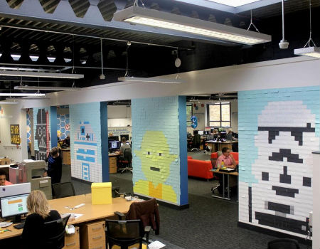Look what a lot of Post-It Notes can do! Beautiful it is (image via c|net (c) Viking UK)