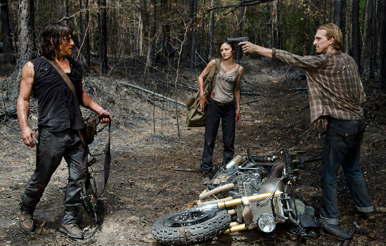 So much for giving a damn about humanity huh Daryl? (image courtesy AMC)