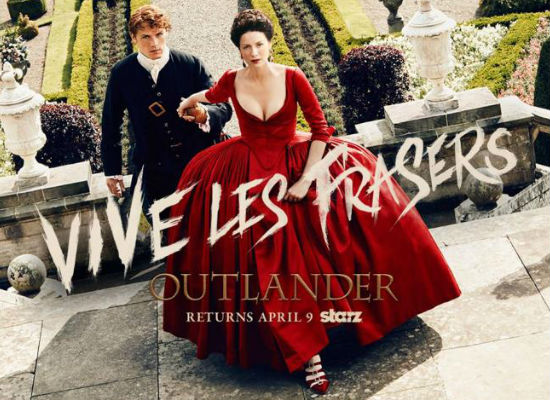 Jamie and Claire living it larger and luxuriously in France while they try to change the course of history (image via Robots and Dragons (c) Starz)