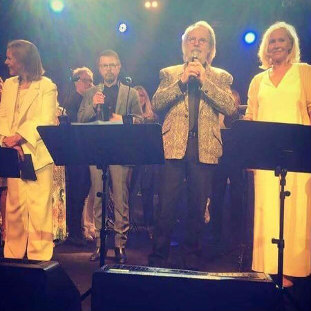 """ABBA onstage following Agnetha and Anni-Frid's performance of """"The Way Old Friends Do"""" (image via ABBATalk Twitter)"""