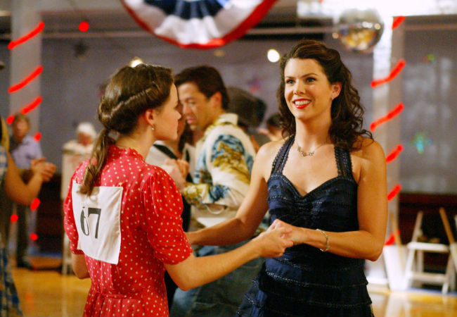 It's all singing and dancing and 24 hour dance-a-thon fun until someone gets hurt ... and not from someone's errant left feet (image via Gilmore Girls wikia)